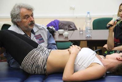 Tecniche funzionali e fasciali: Trattamento della colonna Cervicale – Dorsale – Lombare Differenti approcci a confronto